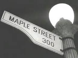 maple-street-sign